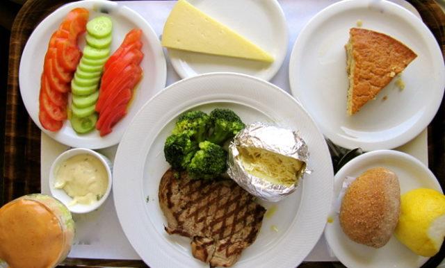 College dining program - Leslie Anne Tarabella